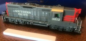 HO Athearn Genesis Southern Pacific GP9 #3612 with DCC/Sound - NIB