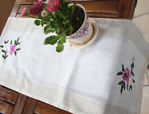 """Again @ Elegant Pink Rose Flower Embroidery Hemstitch Patch Table Runner 35"""""""