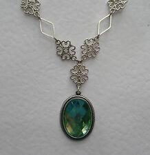 Lacy Filigrana Estilo Victoriano Manzana Verde Oscuro Plateado Plata Colgante Collar