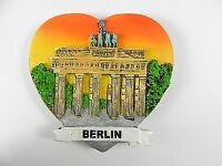Berlin Brandenburger Tor, Souvenir Magnet Poly 3D ,Germany Deutschland .
