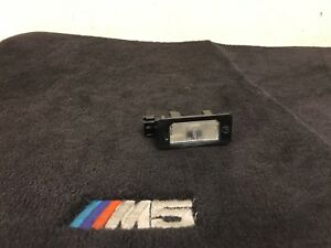 BMW OEM E39 REAR HATCH BOOT TRUNK LID LICENSE PLATE NUMBER DOME BULB LAMP LIGHT