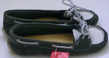 BNWT Clarks Originals. Ladies Boat Shoes Moccasins Soft Leather  Size 5