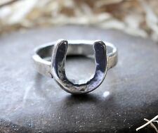 HAND MADE HORSESHOE LUCKY HORSE SHOE Anello in Argento Sterling London Hallmark