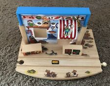 32532 Brio Wooden Train Richard Scarry's Grocery Store