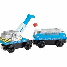 THOMAS & FRIENDS WOODEN RAILWAY ICE DELIVERY TRAIN NEW