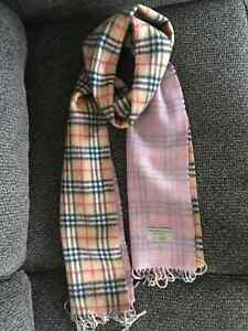 Burberry double-sided scarf plaid/pink