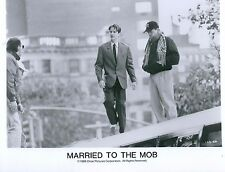 Matthew Modine & Jonathan Demme Married to the Mob Unsigned Glossy 8x10 Photo