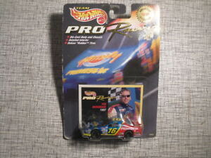 Hot Wheels Pro Racing 1/64 Die-Cast #16 PrimeStar Ford Taurus Ted Musgrave 1998