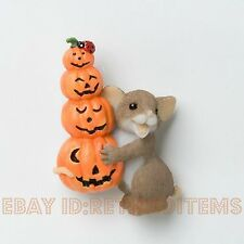Lapel Pin Stacked Pumpkins Charming Tails Halloween Fall Autumn Mouse Figurine