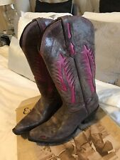 Johnny Ringo Brown and Pink Boot Size 7B
