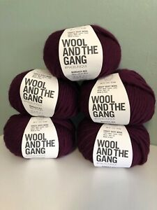 """WOOL AND THE GANG - Crazy Sexy Wool in """"Margaux Red"""", 5 skeins, Super Bulky"""
