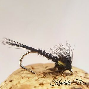 6 x CRUNCHER BLACK HOLOGRAPHIC TROUT FISHING FLIES SIZE 10 STUNNING QUALITY!