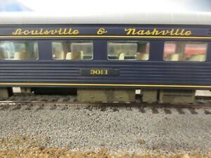 Walthers HO 932-15002 PS 64 SEAT RIBSIDE/SMOOTHSIDE COACH LOUISVILLE & NASHVILLE