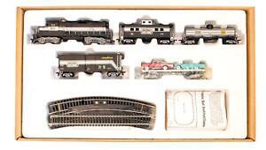 MATCHBOX 'HO' GAUGE 'THE MATCHBOX RAILROAD' TRAIN SET