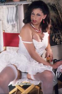 Sarah Young (Pre Plastic) - 5 Professional Photos. (Set 2)