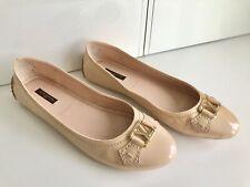 LOUIS VUITTON Patent Leather Flats (EU 39.5)