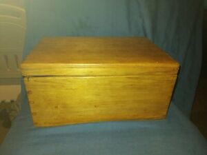 Small Antique Victorian Stripped Pine Box, Dovetail Joints.