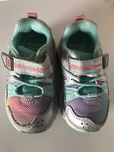 Stride Rite Made2Play Journey Girls Sneakers, 4.5 W Tennis Shoes, Silver Multi