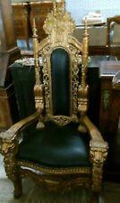 trono in stile