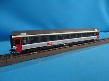 Marklin 4368 SBB CFF EuroCity Coach 1 kl. Grey-Grey with Interior 233-0