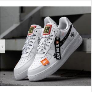 Nike Air Force 1 Just Do It / Low / NEU / Gr.43 / JDI AR7719100 / Weiss,Schwarz