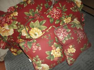 WAVERLY FLORAL MANOR BOUQUET RED & GOLD FLORAL (4PC) THROW PILLOW, PILLOW SHAMS