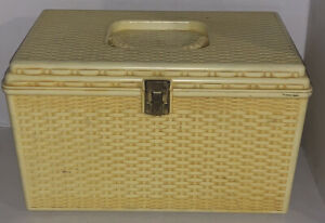 Vintage Sewing Wilson Wil-Hold Sewing Box Yellow Plastic Basket Weave W/ 2 Trays