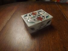 VINTAGE PETRA DURA HARD STONE INLAID  BOX CARVED OUT OF MARBLE BLOCK 4X3X1.75IN