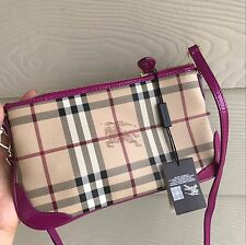 NWT BURBERRY HAYMARKET PATENT COLOURS PEYTON WRISTLET CLUTCH PURSE -BRIGHT VIOLA
