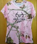 Realtree pink short sleeve camo tshirt 100% polyester. Size: M (8-10)