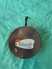 """Vintage Amsco Betsy McCall""""s Pretty Pac Round Doll Case"""