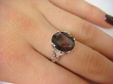 BEAUTIFUL 3.5 CARAT OVAL GARNET AND DIAMONDS LADIES RING 10K WHITE GOLD