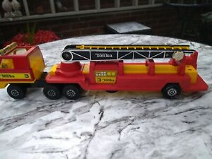 """RARE VINTAGE """"Tonka""""  3 ARTICULATED FIRE ENGINE. 1978. EXTENDING RESCUE LADDER."""