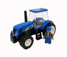 New Holland TS6 Tractor wit Farmer Building Block Set