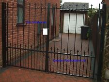 Wrought iron heavy duty driveway gates - York - Made to order - Other designs
