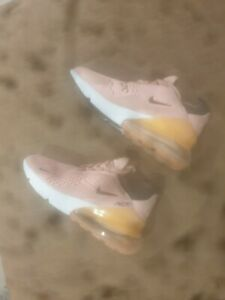 Chaussure Nike Femme neuve taille 36