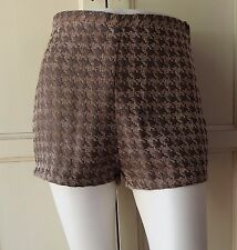 American Apparel: Houndstooth Tap Dress Shorts (Sand/Taupe) Size Large