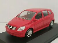 1/43 MERCEDES BENZ CLASE B COCHE DE METAL A ESCALA SCALE CAR DIECAST