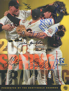 2001 San Francisco Giants Team Signed Official Mag Magazine COA GFA