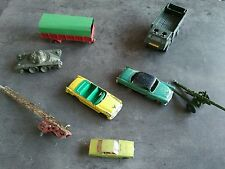 DINKY TOYS SOLIDO MATCHBOX LOT VOITURES CHRYSLER PLYMOUTH EN MAUVAIS ETAT DE JEU