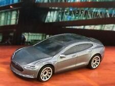 Tesla Model S 2014 14 All Electric Sport Sedan Car in 1/64 Scale V22