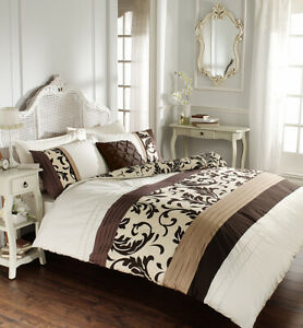 Scroll Chocolate Duvet Cover Set King with Fitted Sheet Clearance item Sale ££