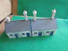2 X HORNBY STATION BUILDINGS (OO GAUGE) LOT G68