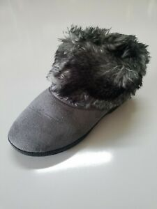 Womens Isotoner Gray Slippers Faux Fur Trim Size 7.5-8 US Cont 38 UK6 Slip On