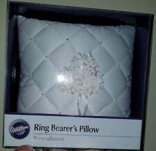 Wilton 120-338 Eternity Day Ring Bearer's Pillow