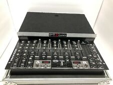 Behringer VMX1000 USB Professional 5 - Channel  Dj Mixer with Flight Case