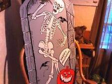 VINTAGE RARE HALLOWEEN PARTICLE BOARD SKELETON WITH PUMPKIN DISPLAY SIGN