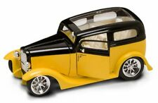 1931 Ford Model A Sedan, Yellow Yatming 92848 1/18 Scale Diecast Model Toy Car
