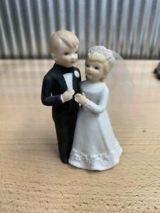 Vintage Bride & Groom Wedding Cake Topper Lefton