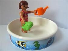 Playmobil Vacaciones/Dollshouse figura: piscina infantil, pequeña niña y juguetes nuevos